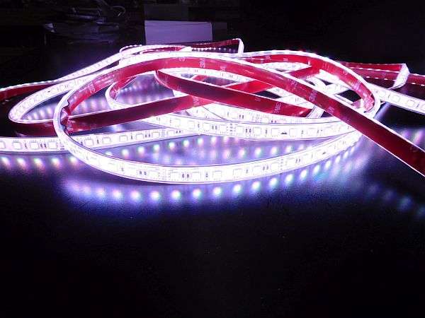 LED STRIP * PRI-720-RGB-IP-24V : 10 METER RGB STRIP WATERPROOF & NON WATERPROOF