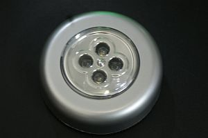 LED CABINET LIGHT * PRI-UN-PUCK