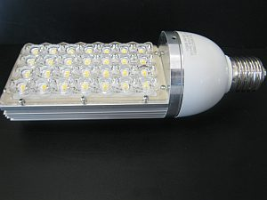 LED STREET LIGHT * PRI-28W-E40