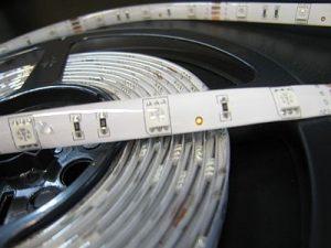 LED STRIP *PRI-LO-RGB : NON WATERPROOF AND WATERPROOF IP65