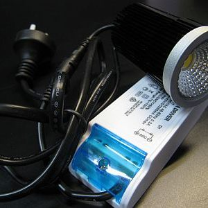 LED MR16 LIGHT COMPLETE * PRI-VT-10W