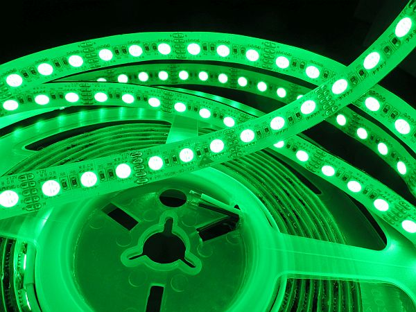 LED RGBW STRIP * PRI-RGBW-90
